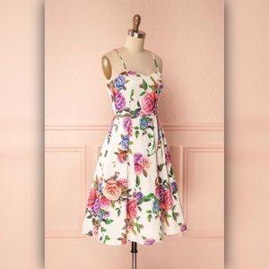 Beautiful Rose Dress 🌹 from 1861